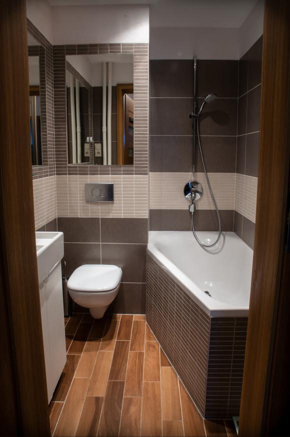 Mała łazienka - Anna Maria Paszkowska - e-aranżacje.pl