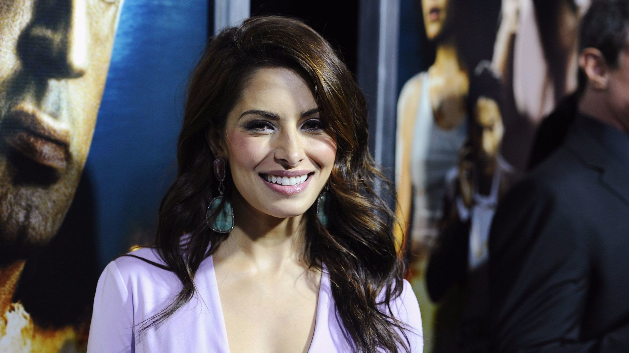 "Actress Sarah Shahi attends the 2013 ""Bullet To The Head"" premiere in New York."