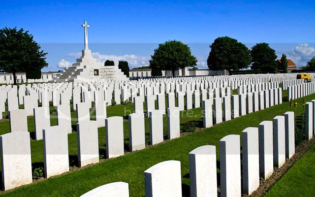 Tyne Cot Commonwealth War Graves Cemetery. Credit: Peter Huys. CC-BY license