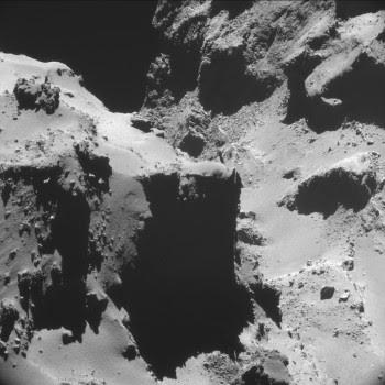 ESA_Rosetta_NAVCAM_141020_A