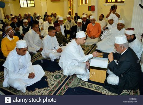 Imam Moutie Saban busy with the marriage ceremony(Nikah