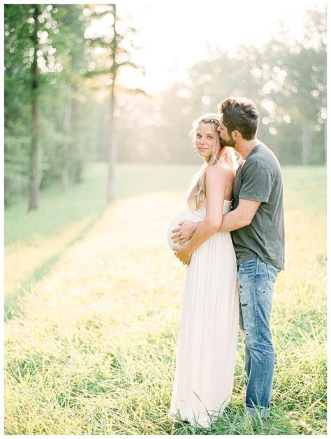 Thomas Rhett Family Maternity Photos Julie Paisley