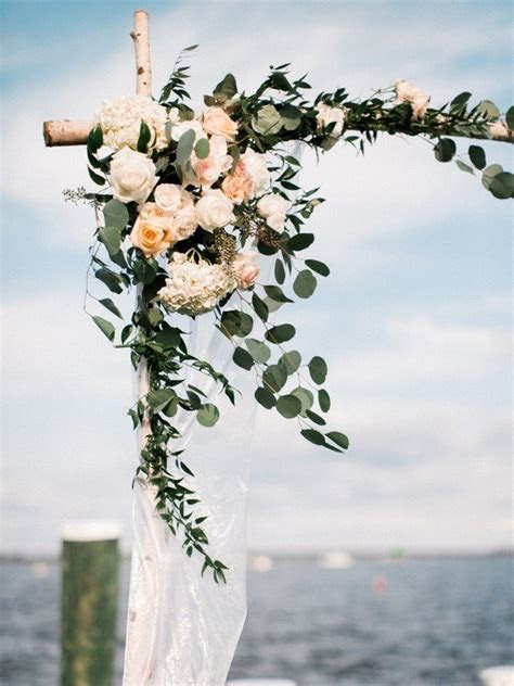 20 Prettiest Floral Wedding Arch Decoration Ideas   Oh