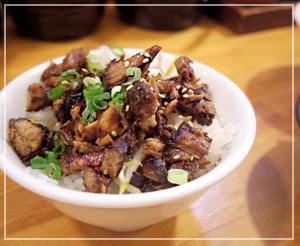 「南木商店」の肉飯。おいしーんです、これがまた。