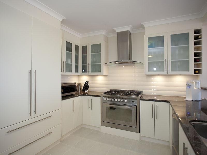 Impressive Modern U-shaped Kitchen 800 x 600 · 48 kB · jpeg