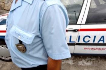 Aos agentes foram atribuídos os crimes de ofensa à integridade física qualificada, coacção grave e abuso de poder
