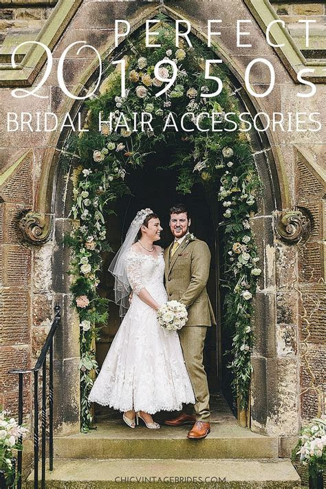 20 Perfect Bridal Hair Accessories for the 1950s Loving
