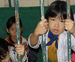 http://www.humanium.org/fr/wp-content/uploads/2011/07/enfant-detenu-hanumann-flickr.jpg