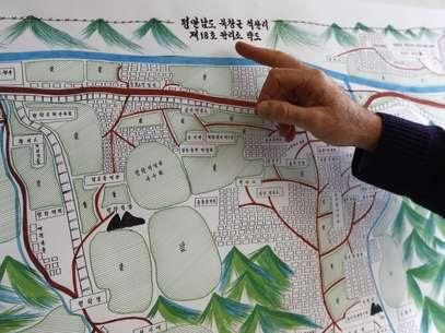 Desenhodescreve o campo 18 da Coreia do Norte, feito pelo ex-presioneiro e sobrevivente Kim Hye Sook, eapresentado durante oInquérito de Direitos Humanos das Nações Unidas em Genebra Foto: Reuters