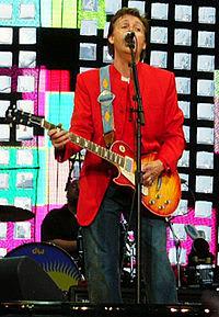 Paul McCartney en Praga el 6 de junio de 2004.