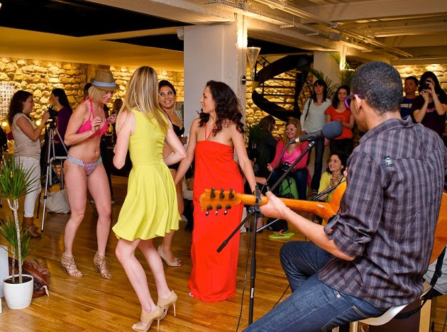 calema-soiree-poulette-brasil-party-danse-mar-praia