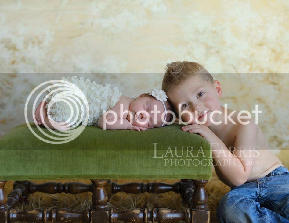 photo newborn-photographer-treasure-valley_zpsf55de66f.jpg