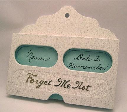 Vintage Forget-Me-Not Card File