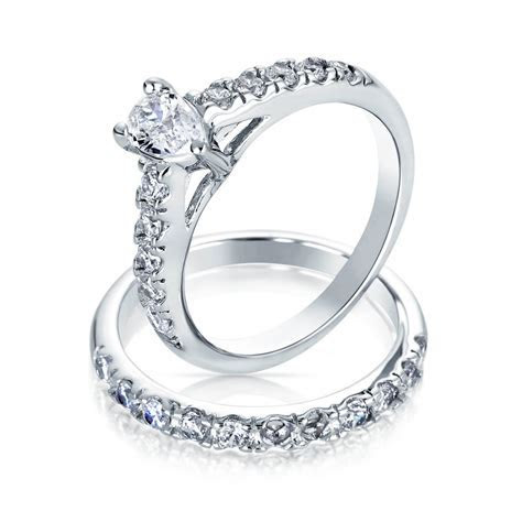 Pear Shaped Solitaire CZ Engagement Wedding Ring Set Thin