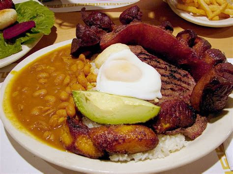 bandeja paisa discover colombia