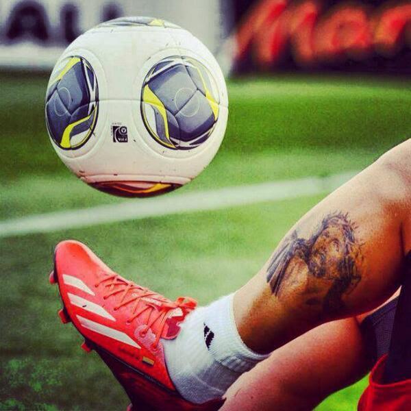 Los Tatuajes De James Rodriguez Y Sus Significados Tatuajes Geniales