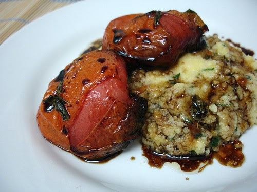 Parsley polenta with balsamic tomatoes