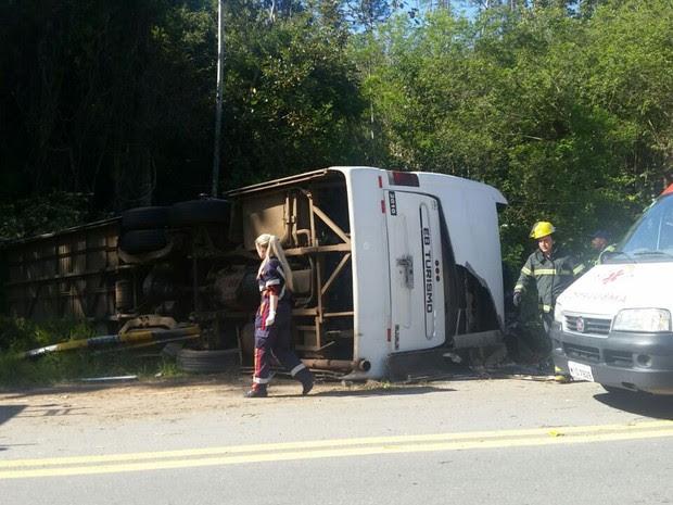 Acidente aconteceu no km 45 da BR-292 em Águas Mornas (Foto: Bruno Mauri/RBS TV)