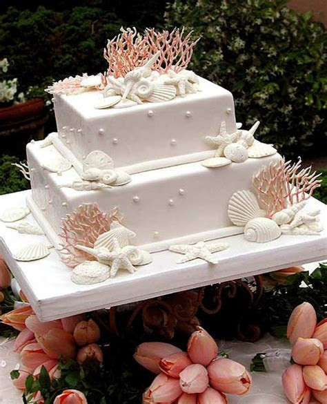 Beautiful and Unique Beach Themed Wedding Cakes