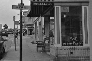 Pebbles Cafe - Kern St