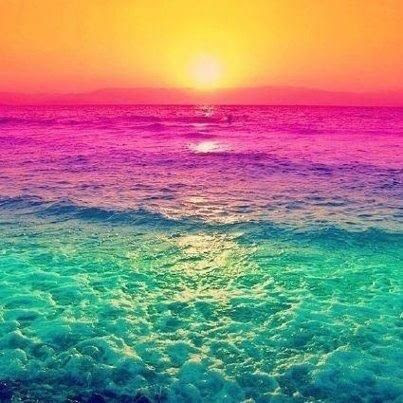 Love the choice of colors and how it looks like a ocean rainbow