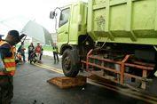 Menguji Beban Jalan Layang Transjakarta Koridor 13...