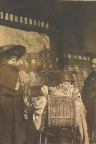 Elizabeth,Mary & Lance Holly