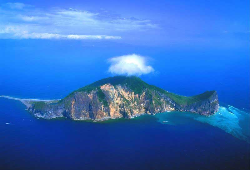 perierga.gr - Ασυνήθιστα σχήματα νησιών!