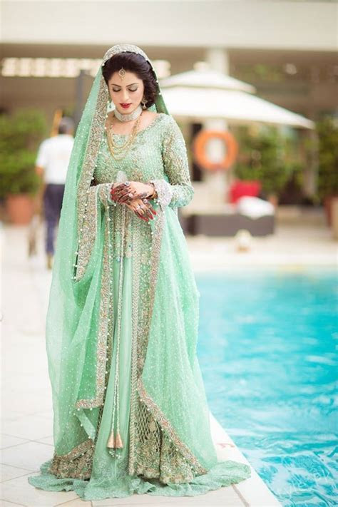Bridal Photoshoot Trends 2017   Style.Pk