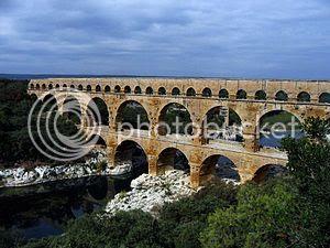 photo Pont_du_Gard__zpsa496dffe.jpg