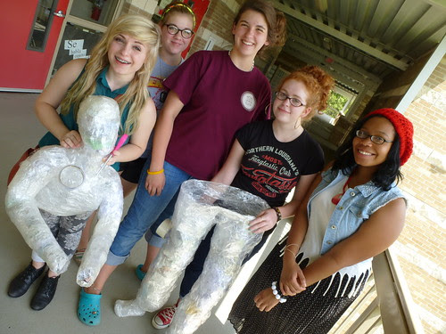 Sculpture in fine arts Magnet : body casts by trudeau