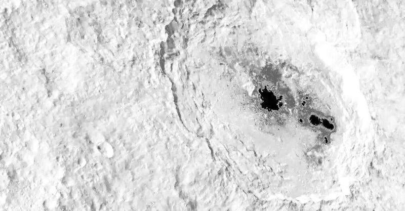 Los misteriosos puntos de Ceres son tan brillantes que saturan los sensores de la sonda Dawn