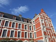 Photo de l'école, rue du Lombard à Lille