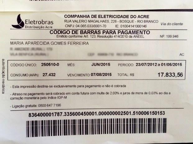 Maria Aparecida recebeu fatura de energia de quase R$ 18 mil (Foto: Evelyn Dias/Arquivo Pessoal)