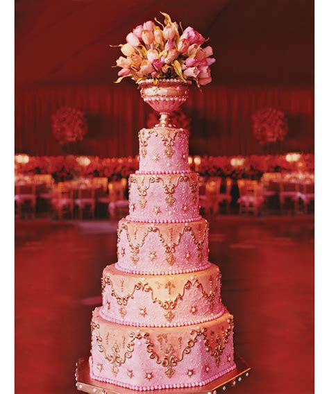 Pictures: The Fanciest Wedding Cakes Ever ? DuJour