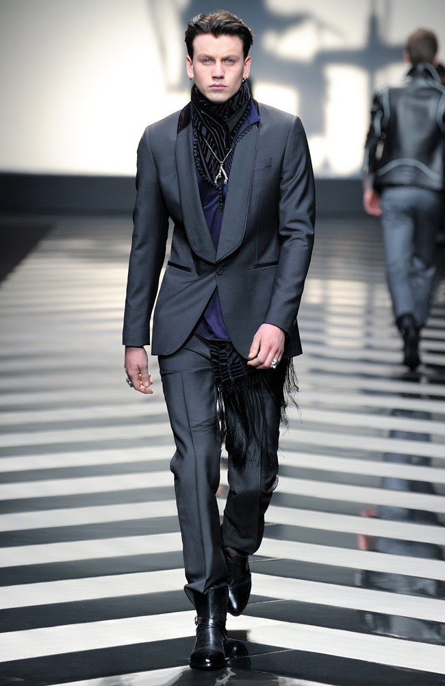 1 Roberto Cavalli Menswear AW1213_02