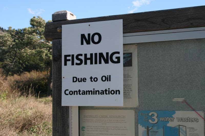 No Fishing - Due to Oil Contamination