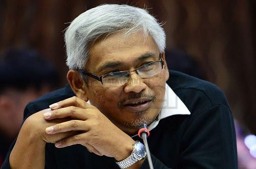 Bukan PM boleh menghadap Agong - Dr Aziz Bari