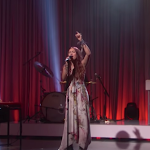 Lauren Daigle Continues Mainstream Success As Christian Song 'you Say' Breaks Into Billboard Top 40 - Christian Post