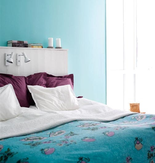 Bedroom in Turquoise and Aubergine | Panda's House