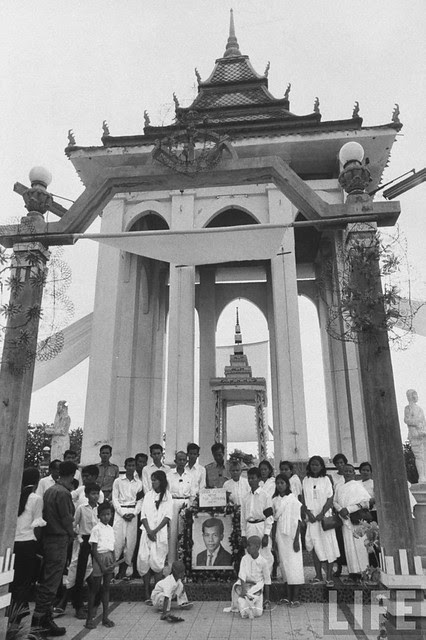 Repatriation of Vietnamese Refugees from Cambodia 1970 (2)