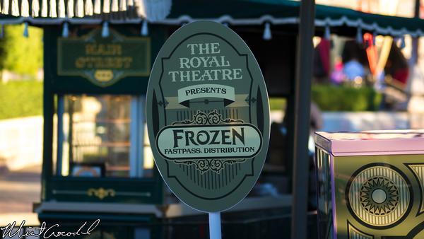 Disneyland Resort, Disneyland, Frozen, Royal Theatre, FastPass