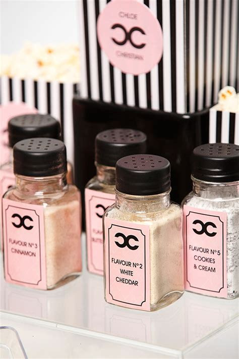 Coco Chanel Inspired Wedding Shoot At 99 Sudbury   Rachel