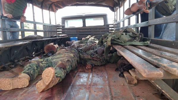 Paraguay , La Horqueta ocho muertos en un atentado contra un convoy militar foto: ABC Color