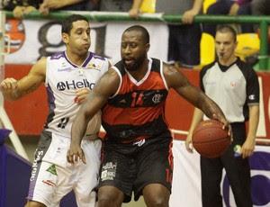 Mogi x Flamengo - NBB (Foto: Cleomar Macedo)
