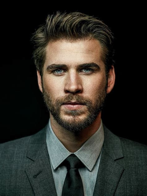Liam Hemsworth HD Wallpapers free Download