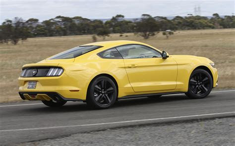 ford mustang review ecoboost coupe quick drive
