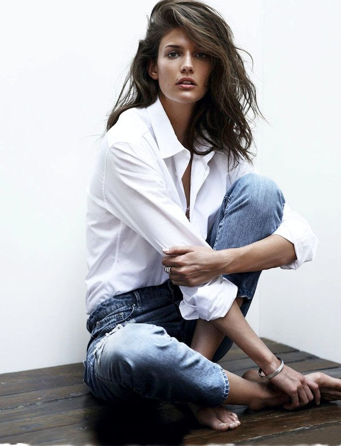 Le Fashion Blog Kendra Spears S Moda White Button Down Shirt Silver Ring Classic Vintage Jeans Spring Summer Style photo Le-Fashion-Blog-Kendra-Spears-S-Moda-White-Button-Down-Shirt-Silver-Ring-Classic-Vintage-Jeans-Spring-Summer-Style.jpg