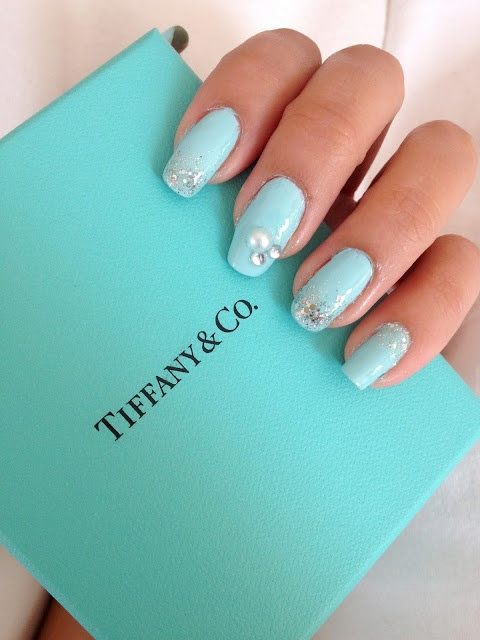 ed7e30497b92 late night minutes  tiffany and co inspired nails