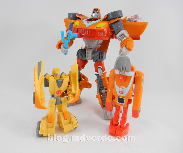 Transformers Wheelie Deluxe - Generations GDO - modo robot vs G1 vs United